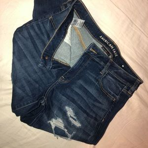 BRAND NEW size 16 ripped american eagle jeans!!!